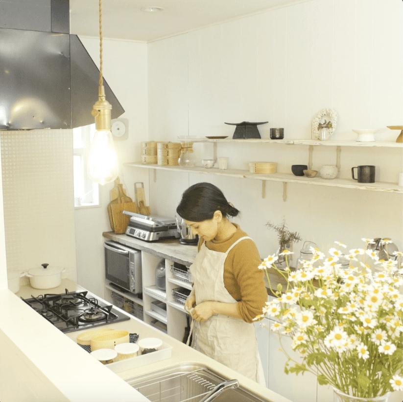 キッチン収納で効率アップ。実践中のアイデアを紹介|フォロワーお宅訪問